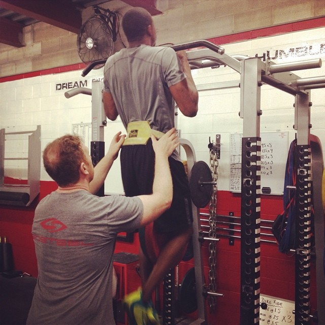 85lbs chin ups for reps.........not bad! #SPIDER #waynesimmonds #philadelphiaflyers #biosteel #offseasontraining2014